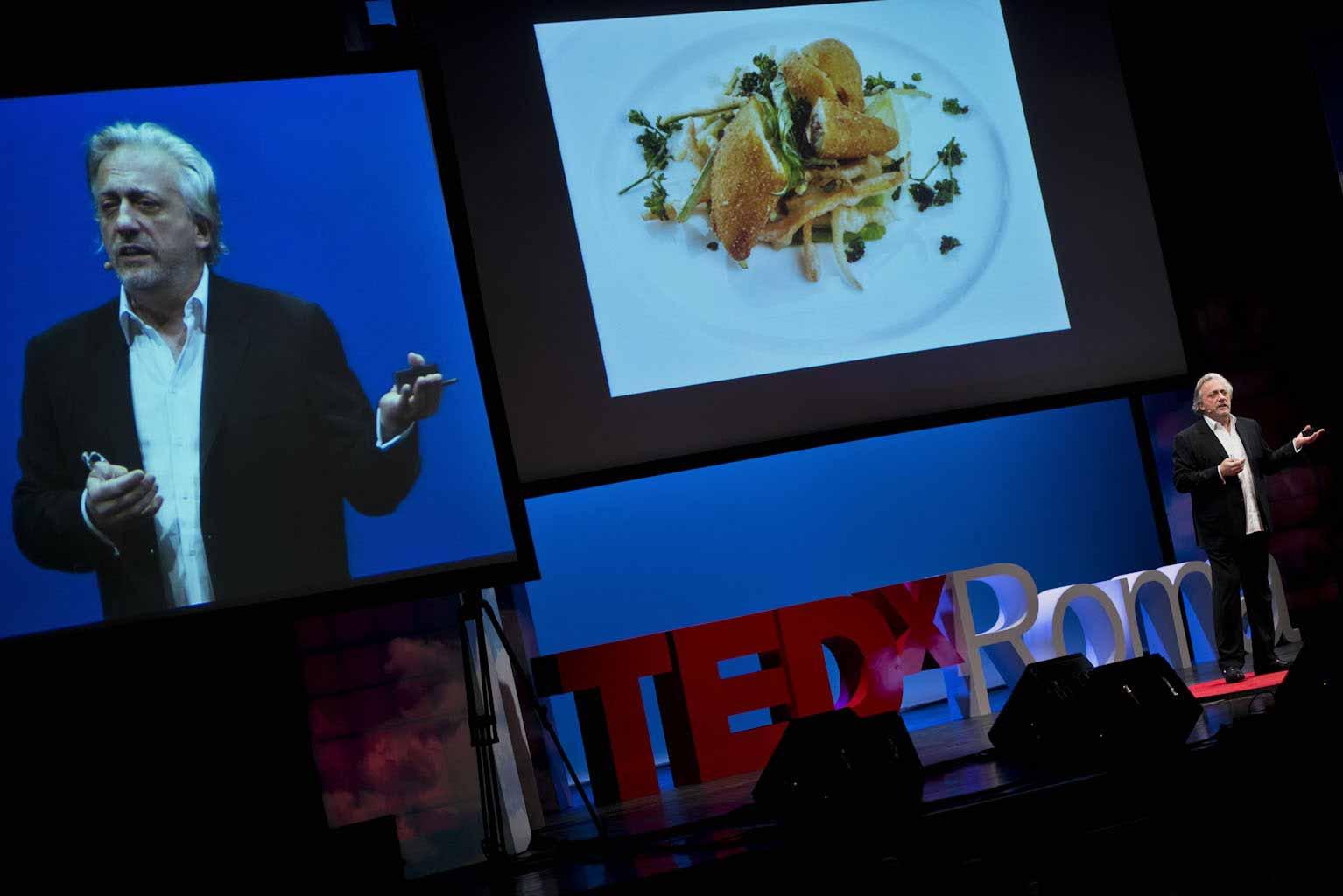 Davide Scabin al TEDxRoma, fotografie di Giulio Riotta.