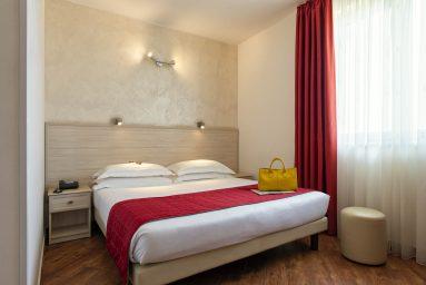 Hotel Simon a Pomezia #01