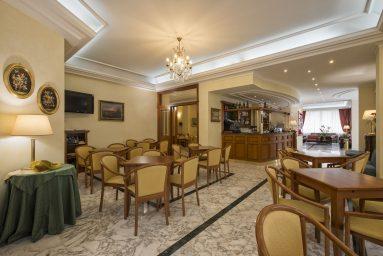 HOTEL TIFFANY #8