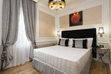HOTEL BRITANNIA #7