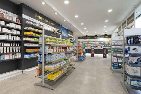Farmacia Comunale di Livorno su progetto Zanchettin #2