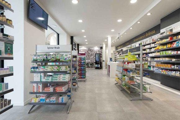 Farmacia Comunale di Livorno su progetto Zanchettin #3