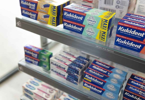 Farmacia Comunale di Livorno su progetto Zanchettin #11